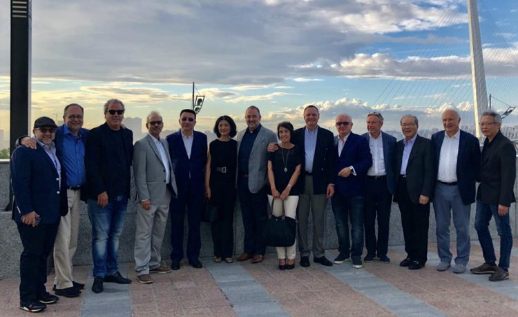 WFDB Presidents and officials taking part in the Asian Summit. From left: Reuben Khafi, Hanro Friedrich, Yoram Dvash, Mehul Shah, Lin Qiang, Caroline Yuan, Rami Baron, Martine De Bruyne, Ernie Blom, Alex Popov, Rony Unterman, Lawrence Ma, Julien Drybooms, Henry Ho.