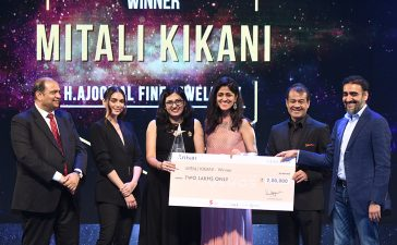 Aritisan Awards presented by GJEPC
