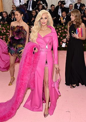 Kacey Musgraves in Forevermark at the 2019 Met Gala1